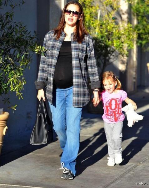 Jennifer garner street style - no style - normcore