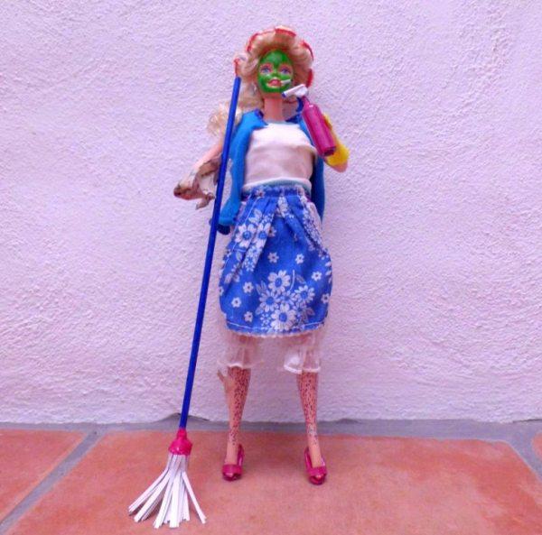 barbie femme au foyer - desperate housewives - femme au foyer désespérée