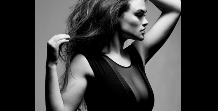 Myla Dalbesio Calvin Klein - Myla Dalbesio pictures - Myla Dalbesio photos