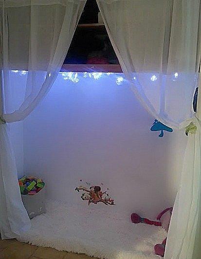 placard aménagé - aménager placard - relooker placard - cabane placard - déco chambre enfant